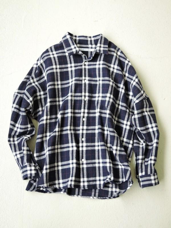 416322 アイルコートシャツ ¥18.000+tax Col.ネイビーチェック Del.10月