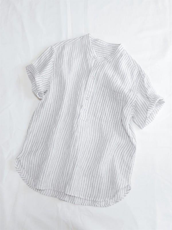 417105 コートヤードシャツ ¥15.000+tax Col.#1白ベース#2ネイビーベース Del.1月